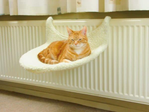 Лежак для кошки гамак
